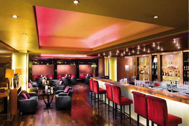 Bar im Aquincum Hotel Budapest, in Ungarn