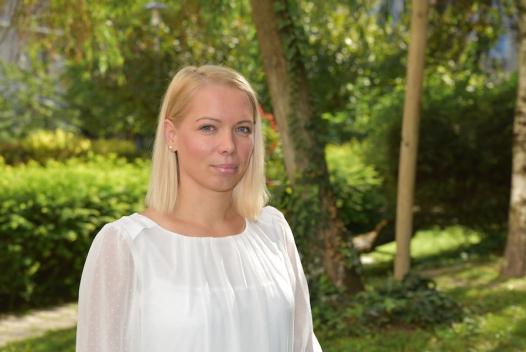 Claudia Luntz