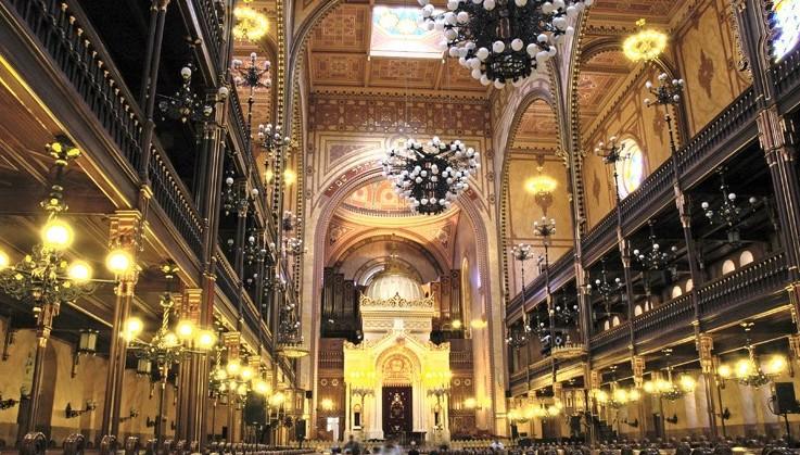 zsinagoga kirche budapest ungarn